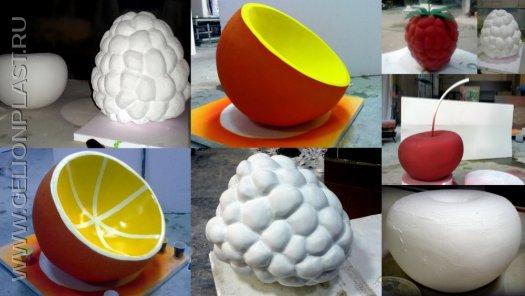 Ягоды и апельсин из пенопласта