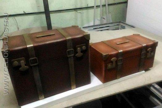 Муляжи чемоданов из пенопласта