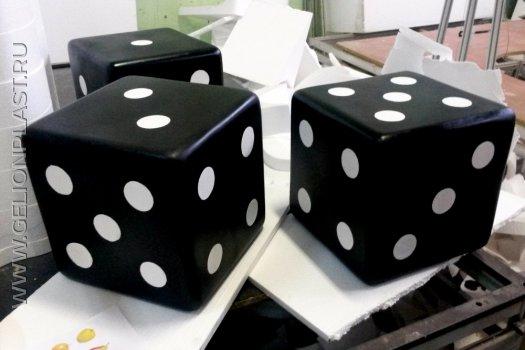 Кубики из пенопласта