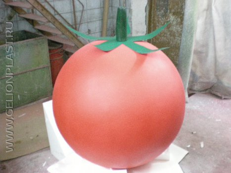 Красный томат из пенопласта