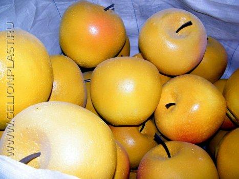 Желтые яблоки из пенопласта