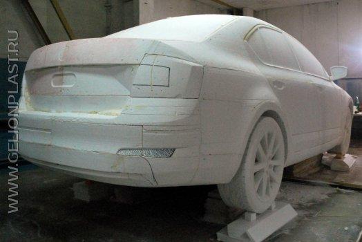 Макет автомобиля Škoda из пенопласта