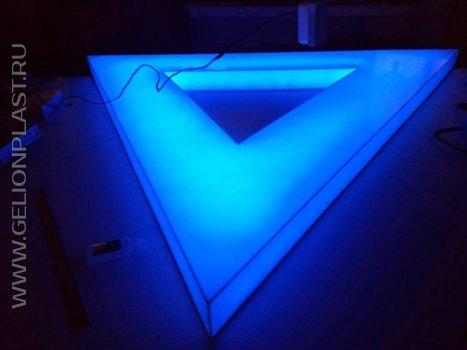 Синий треугольник