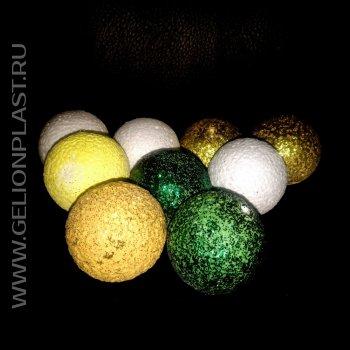 Разноцветные шарики из пенопласта