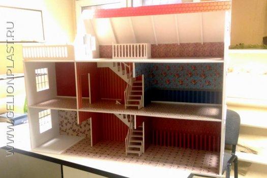 Кукольный домик из пластика