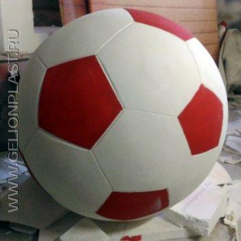 Футбольный мяч из пенопласта