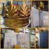 Пенопластовая корона и книга